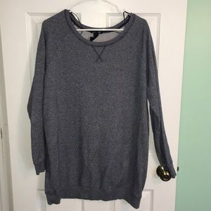 Oversized blue/gray sweatshirt